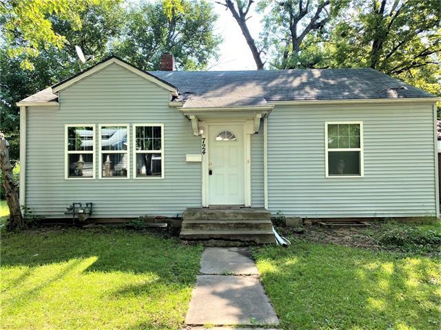 724 Sw Lindenwood Avenue Property Photo