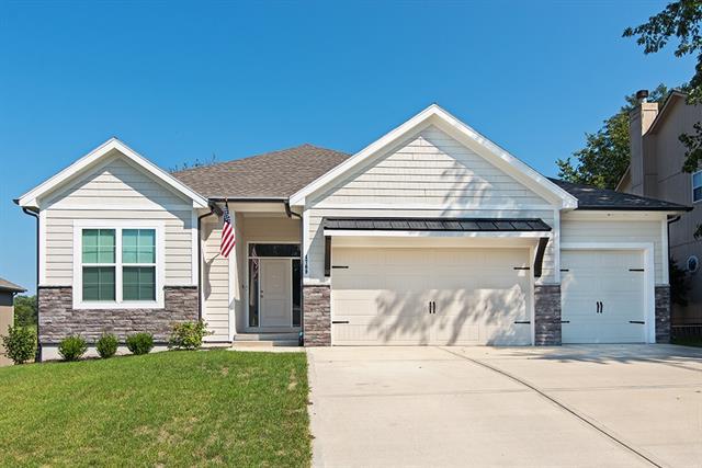 4769 Lakecrest Drive Property Photo