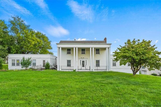 7505 E 87th Street Property Photo