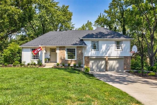 724 W 121st Street Property Photo