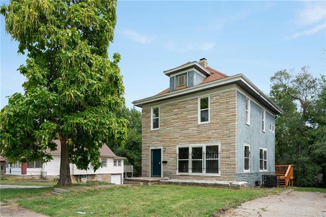 1301 Bennington Avenue Property Photo