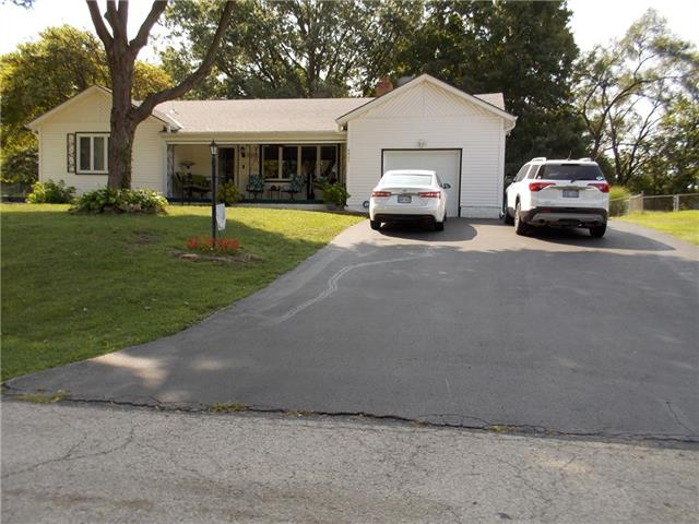 6401 Farrow Avenue Property Photo