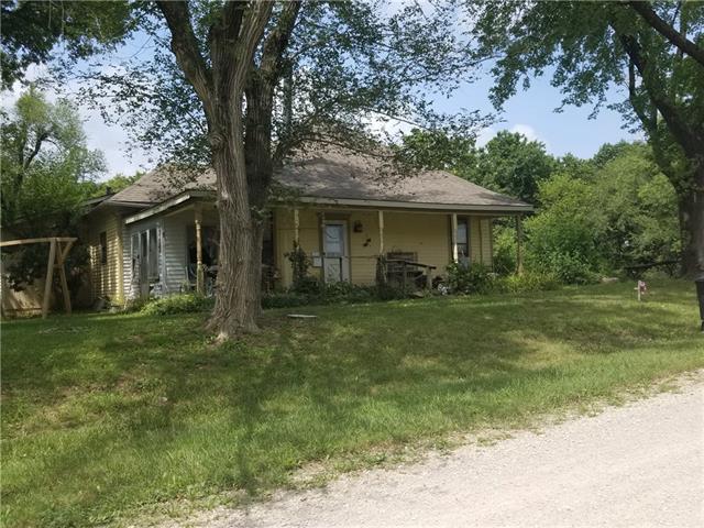 516 Sw 701st Road Property Photo
