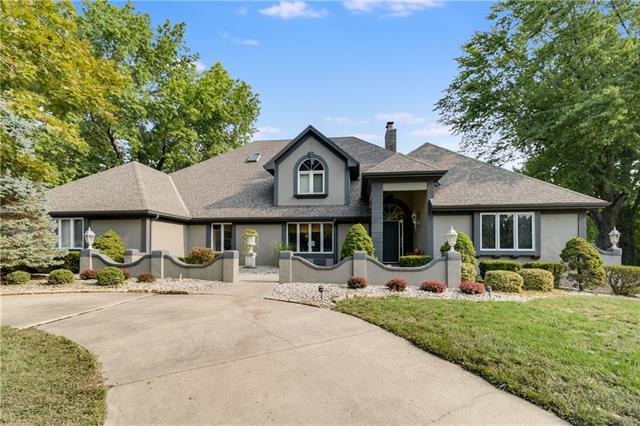1313 Ne Hilltop Drive Property Photo