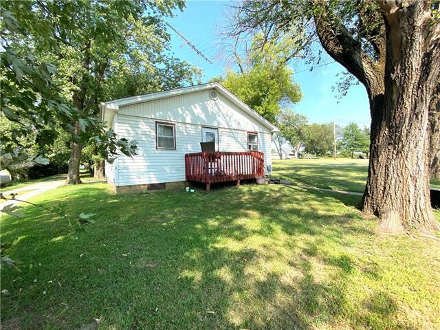 105 E Grant Street Property Photo