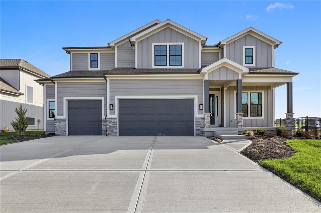17260 W 169th Terrace Property Photo