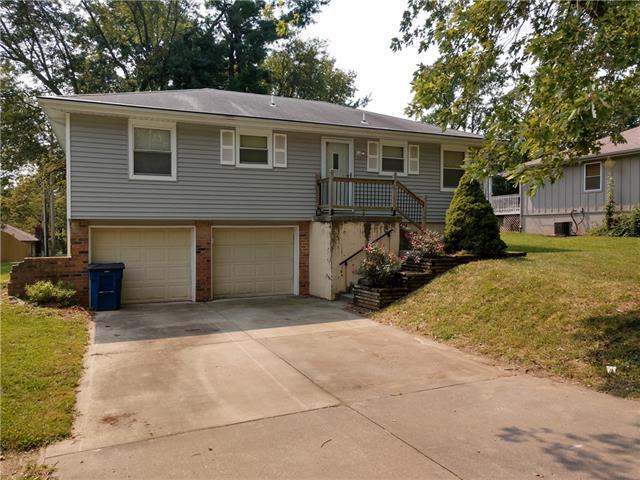 112 Se Cromwell Street Property Photo
