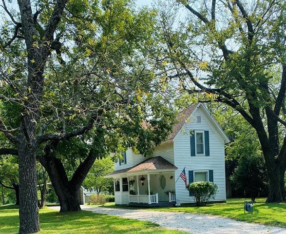 712 S Grove Street Property Photo