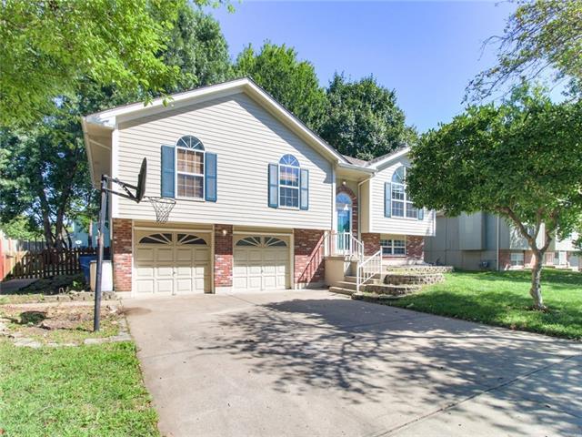 537 Ne Summit Drive Property Photo