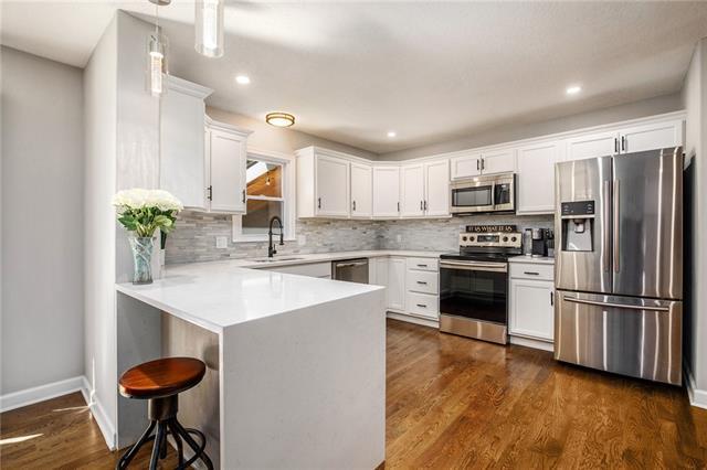 5520 Stearns Street Property Photo