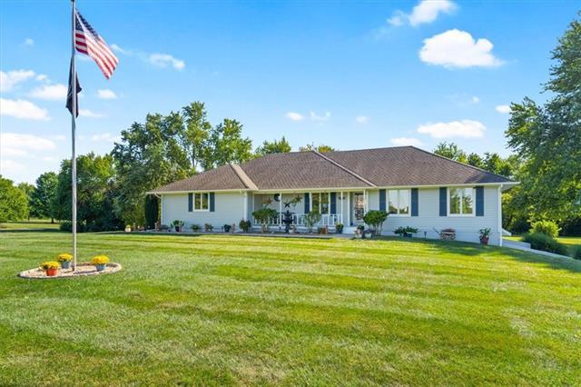 3807 E 185th Terrace Property Photo