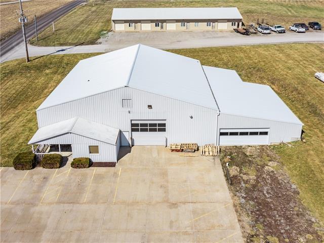 5901 Ne Woodbine Road Property Photo