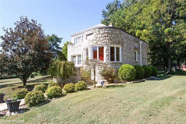 Boone Hills Real Estate Listings Main Image