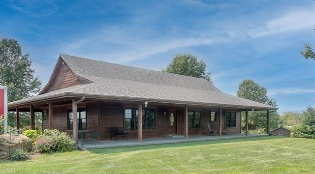 1363 800th Road Property Photo