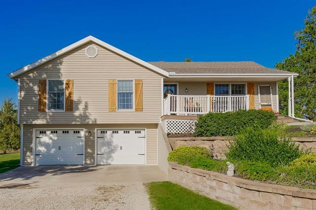 64444 Real Estate Listings Main Image