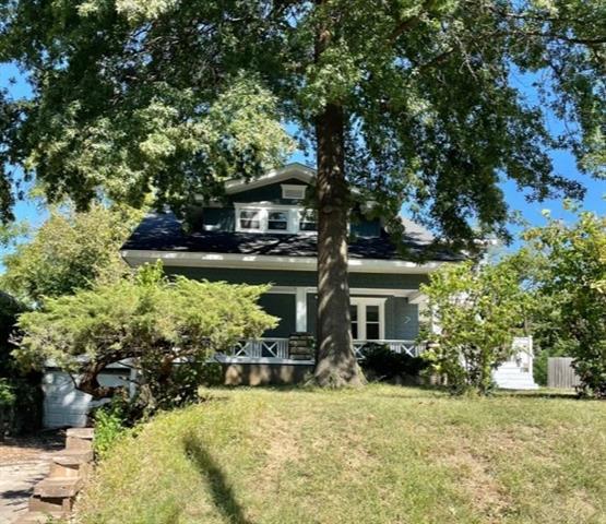 1864 E 76th Terrace Property Photo
