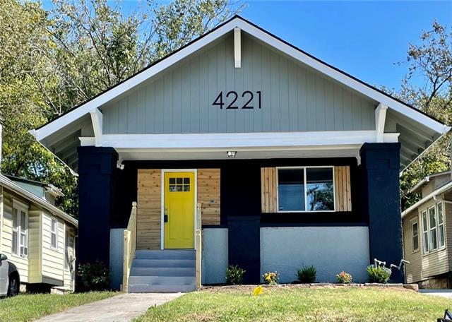 4221 Prospect Avenue Property Photo