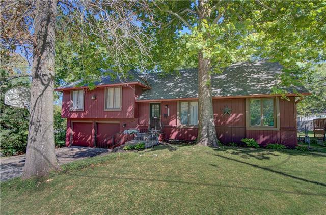 6615 Hardy Street Property Photo