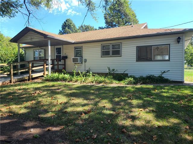 210 Bay Street Property Photo