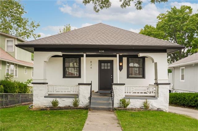 836 E 72nd Street Property Photo