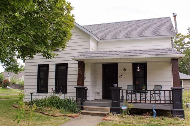 702 Church Street Property Photo