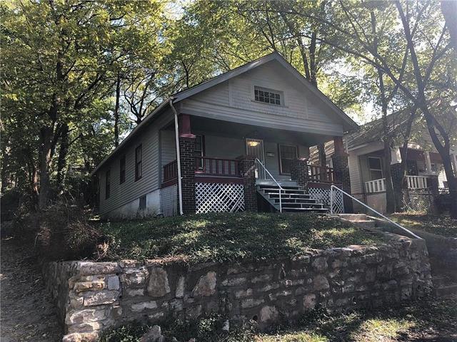 923 Fuller Avenue Property Photo