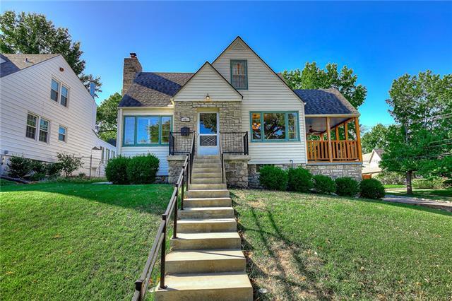 401 E 65th Terrace Property Photo