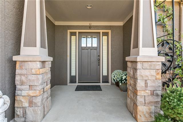 9001 N Seymour Avenue Property Photo