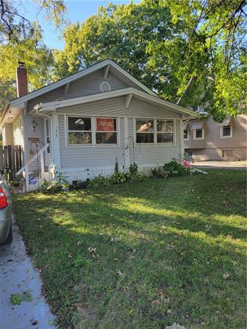 128 N Ash Avenue Property Photo