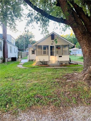818 S Lake Drive Property Photo