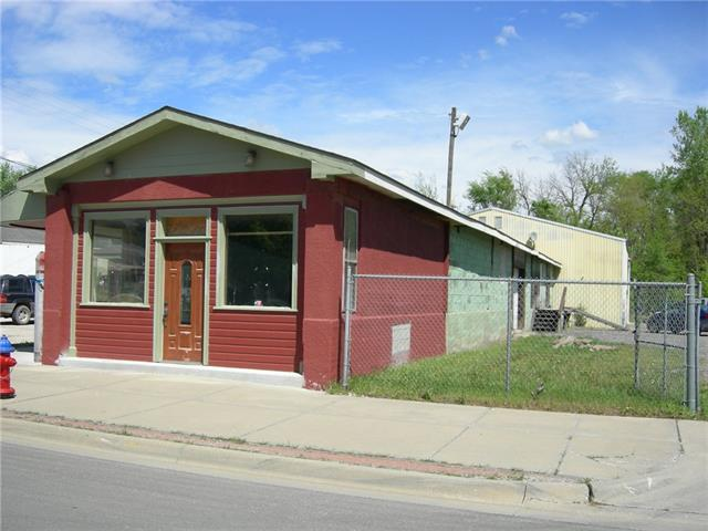 801 E 4th Street Property Photo