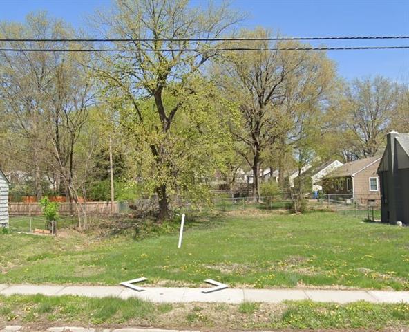 810 W 85th Street Property Photo