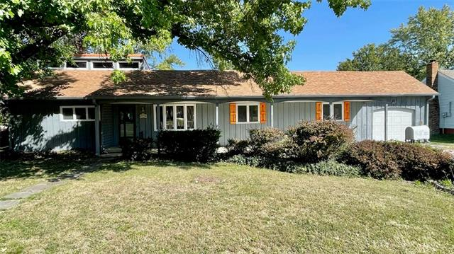 1715 E 8th Street Property Photo