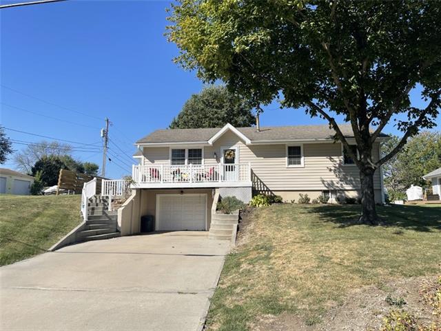615 N Orange Street Property Photo