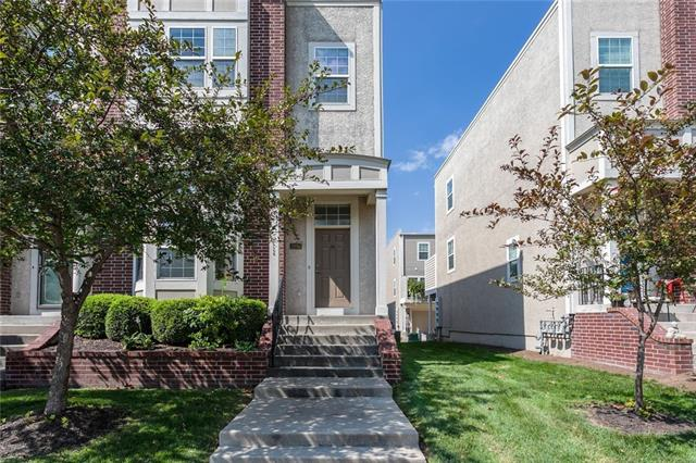 3006 Howell Street Property Photo