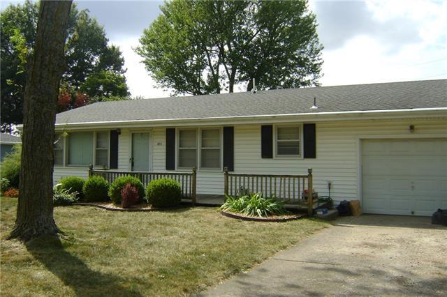 211 Westview Road Property Photo