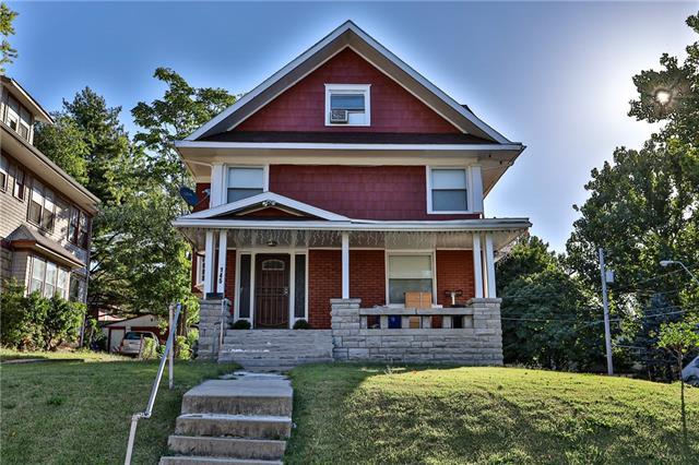 145 S Cypress Street Property Photo