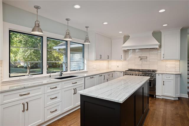 1208 W 67th Street Property Photo