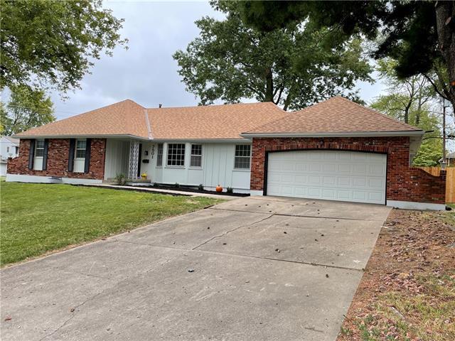 7501 Overton Drive Property Photo 1