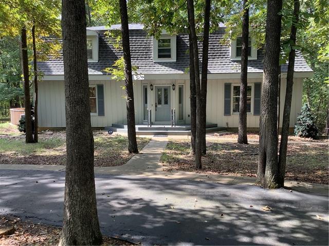 1102 Live Oak Lane Property Photo 1