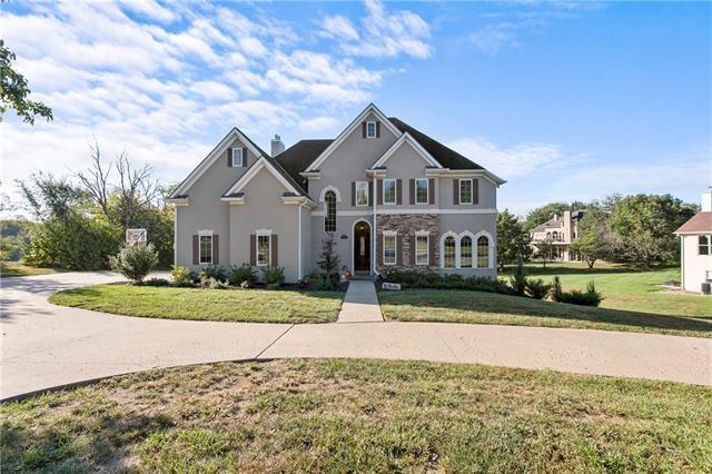 4906 N Lakewood Drive Property Photo 1