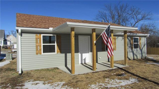 108 E 7th Street Property Photo