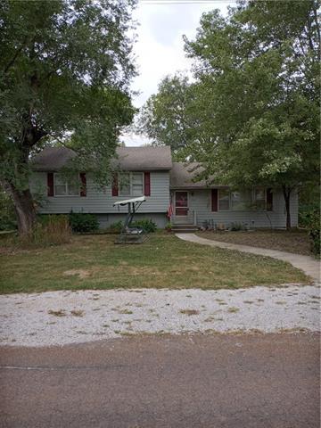 302 Van Buren Street Property Photo