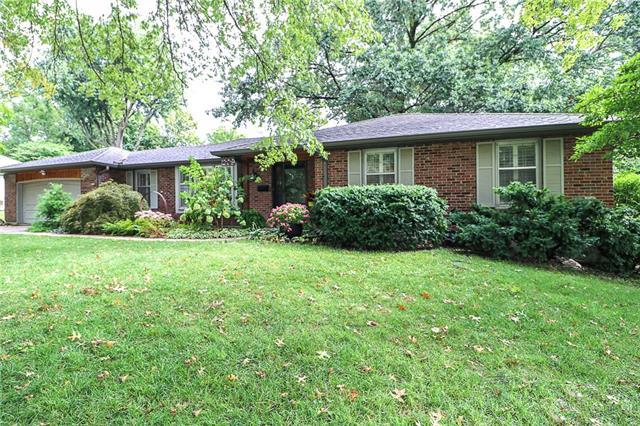 209 Nw Woodbine Avenue Property Photo