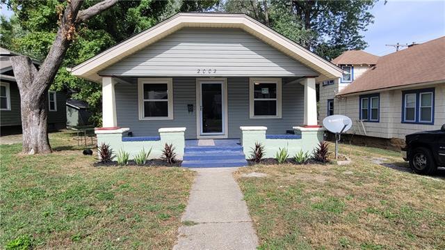 2002 E 69 Street Property Photo