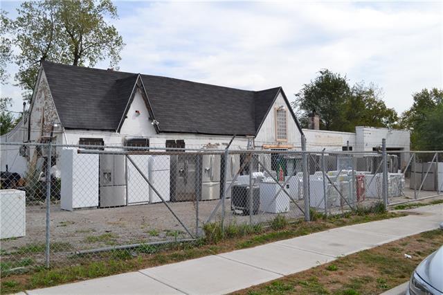 5301 Prospect Avenue Property Photo