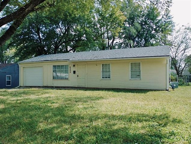 6405 E 150th Street Property Photo