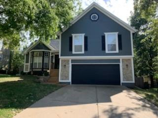 955 E Pineview Street Property Photo