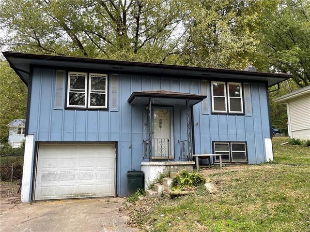 211 Thomas Street Property Photo
