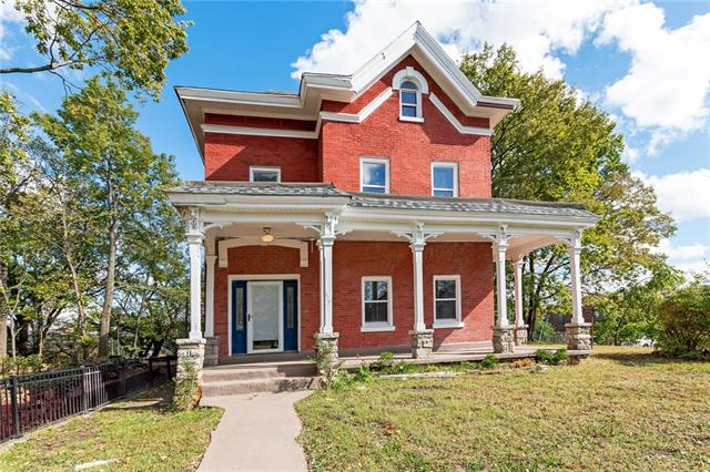 629 Tracy Avenue Property Photo